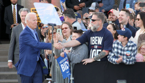 Vice President Biden greets an IBEW member at a campaign event in Missouri.